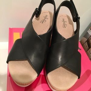 Clarks Cammy Pearl Black Leather Sandals 8.5 M